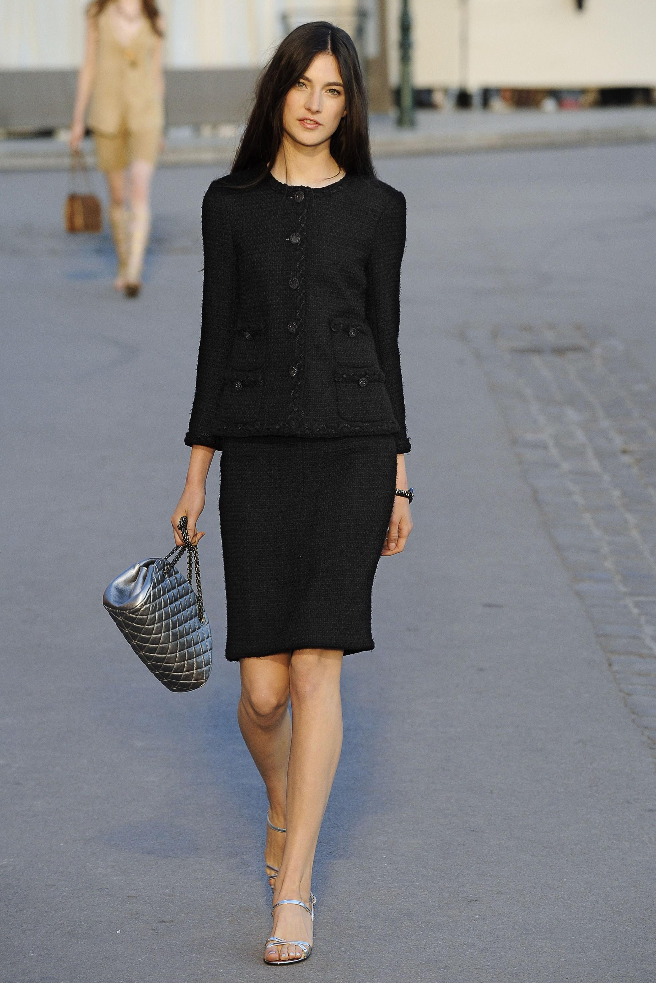 ec4b7a631f2e Как подобрать стиль шанель в одежде. Костюмы в стиле коко шанель.