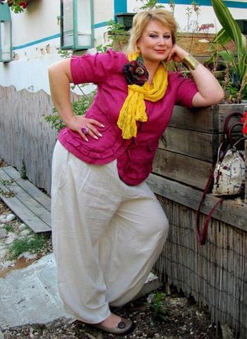 54eec3a25a8021 Зараз Бохо - модний напрям одягу, яке ідеально підходить для жінок  будь-якої комплекції. У вільних нарядах стильно виглядає моделі подіумів і  домогосподарки ...